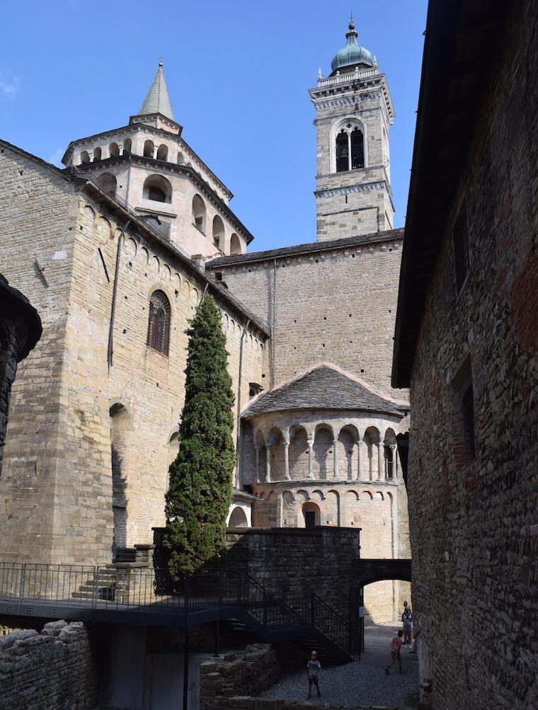 bérgamo itália fundos igrejas