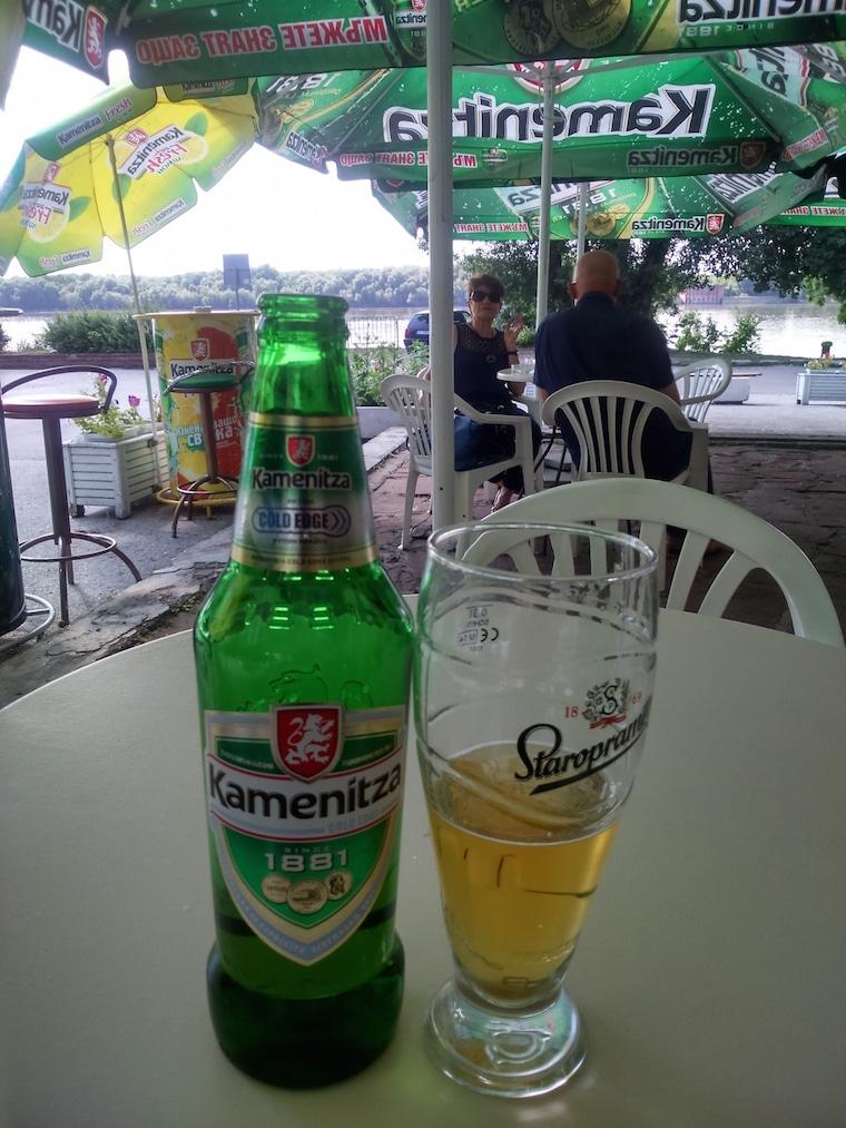 cerveja a beira do danúbio ruse
