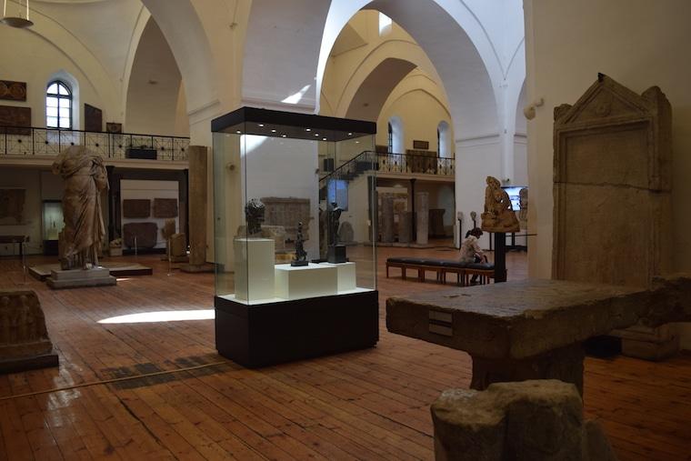 sofia bulgária museu arqueológico dentro