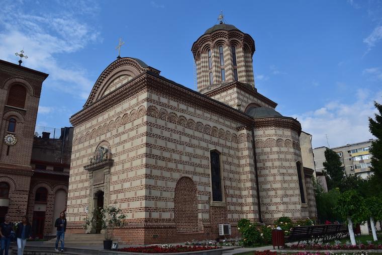 o que fazer em bucareste romenia old church