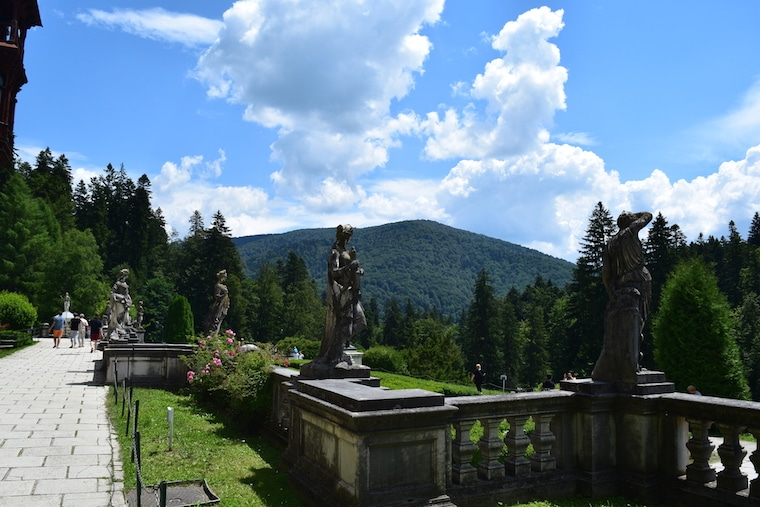 jardins castelo de peles sinaia romênia