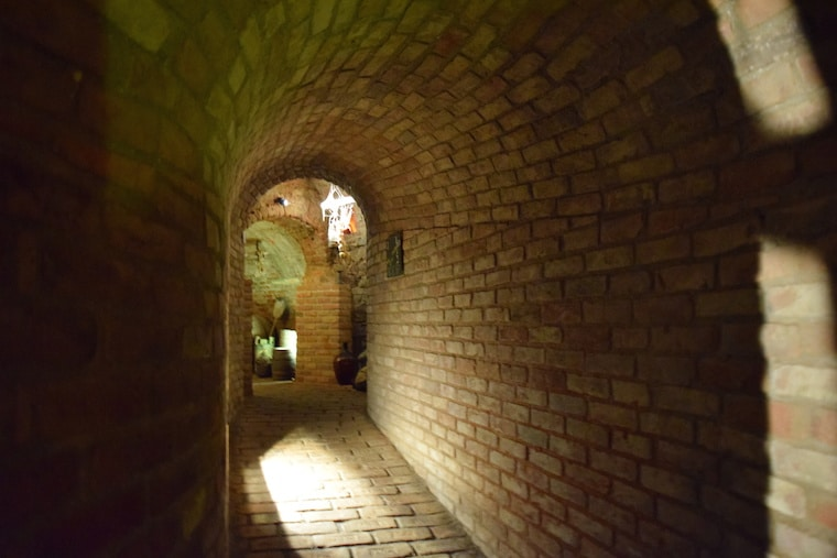 labirinto subterraneo brno república tcheca corredor