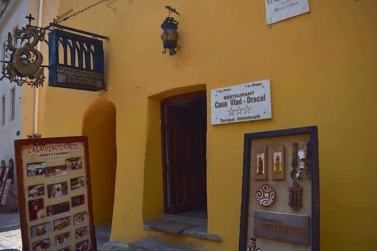 sighisoara vlad tepes transilvania romenia casa vlad dracul
