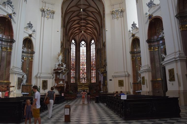turismo em brno república tcheca igreja