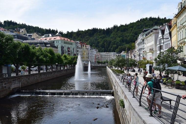 turismo karlovy vary república Tcheca canal