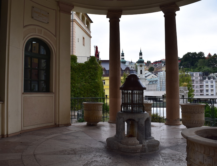turismo karlovy vary república Tcheca castelo fonte
