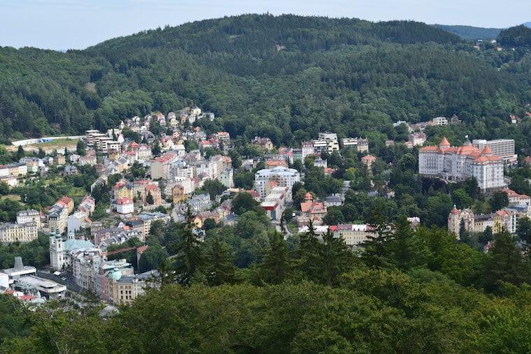 turismo karlovy vary república Tcheca vista cidade