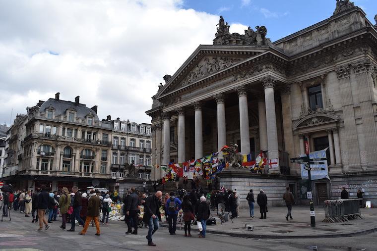 Place de Bourse atentados em bruxelas