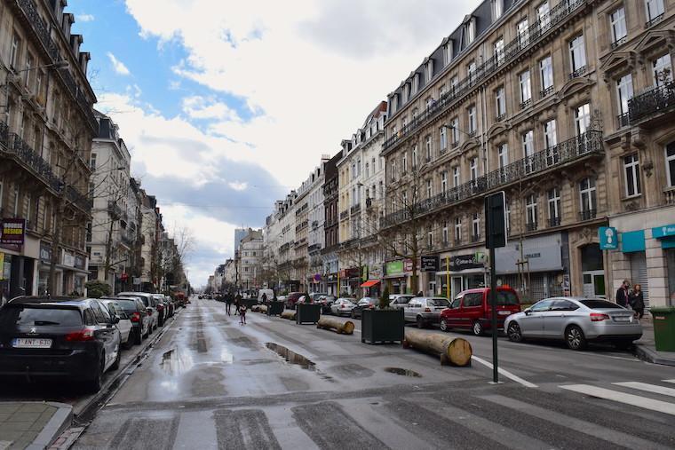 atentados em Bruxelas rua fechada