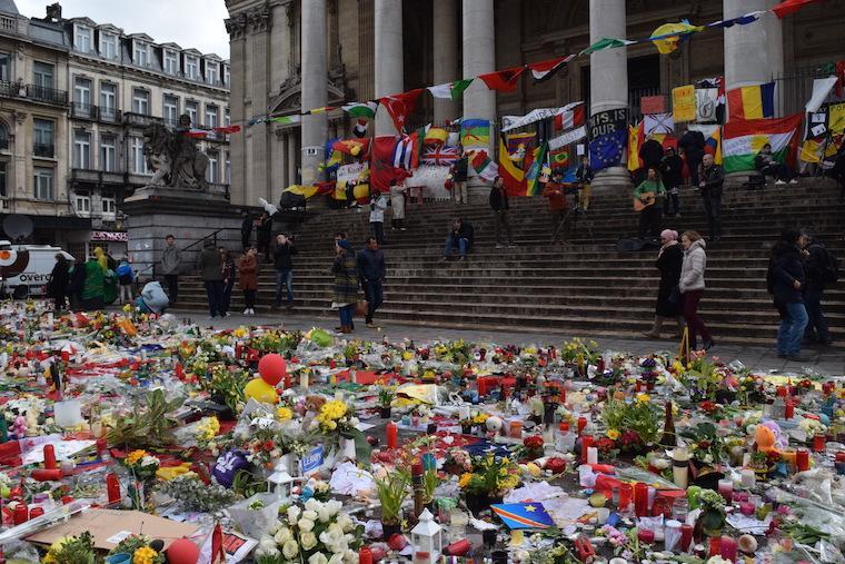 atentados em bruxelas homenagens