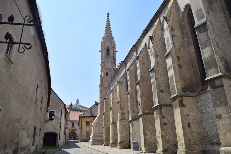 bratislava eslováquia curiosidades igreja