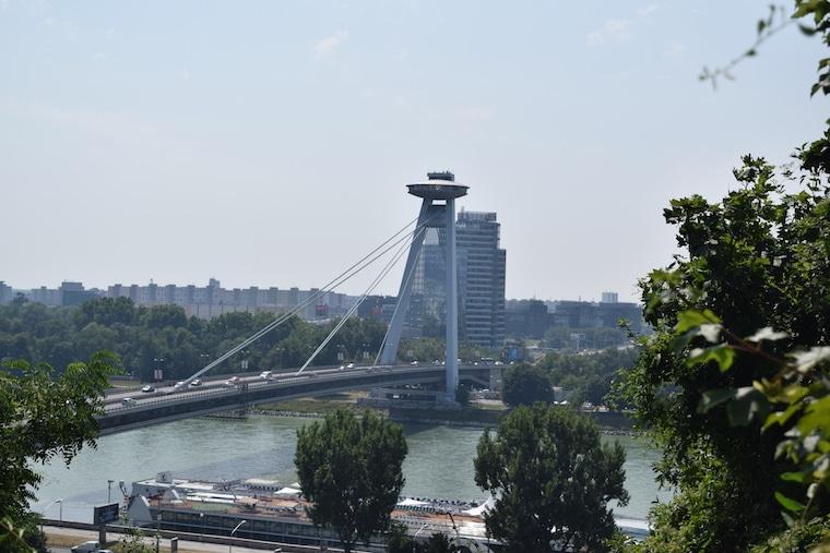 bratislava eslováquia curiosidades ponte ufo