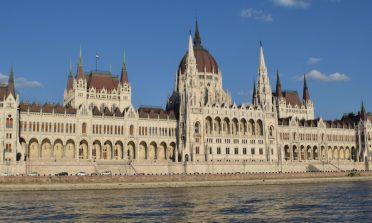 A visita ao Parlamento de Budapeste: tudo o que você precisa saber
