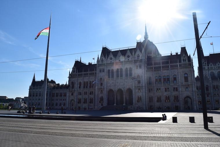 parlamento de budapeste praça