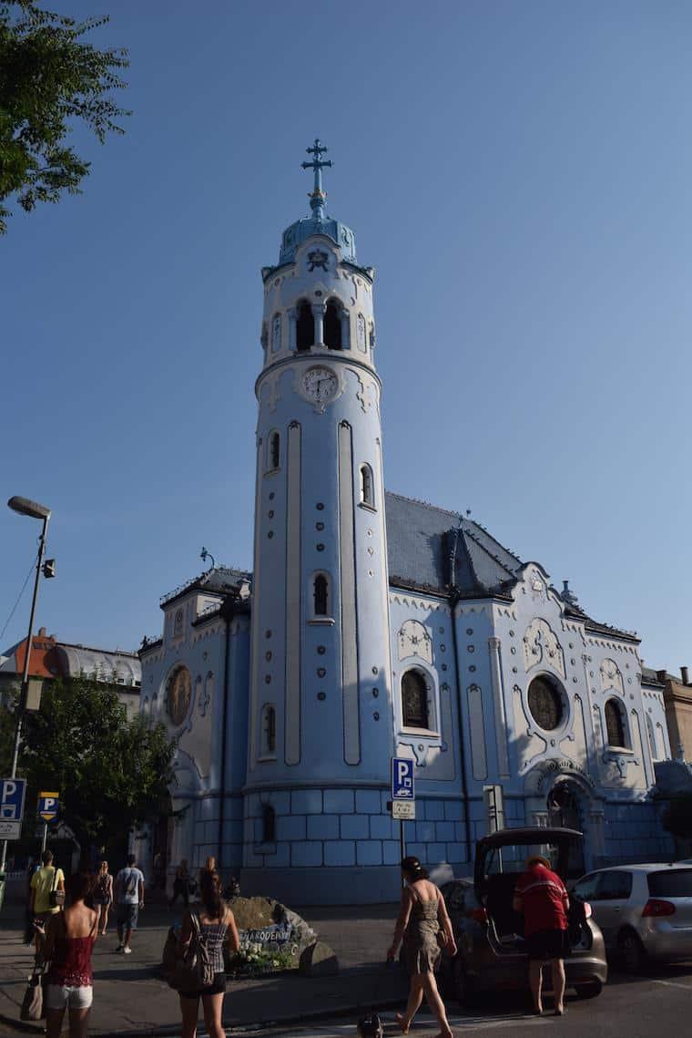 o que fazer em bratislava igreja azul