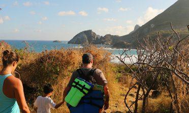 Mergulho e trilha na Praia do Atalaia, em Fernando de Noronha