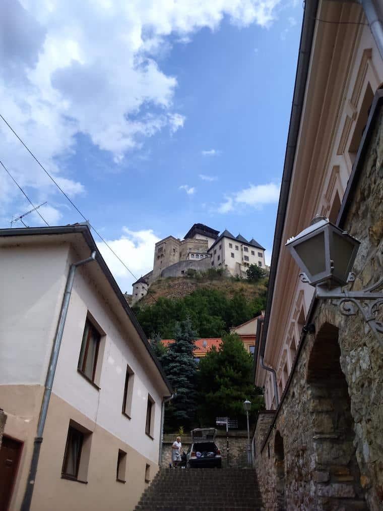 trencin bratislava eslovaquia castelo