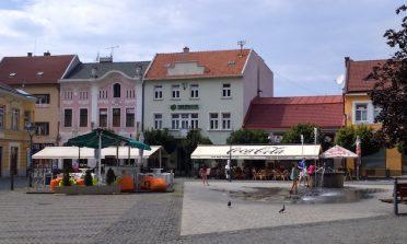 Bate e volta de Bratislava: castelo de Trencin
