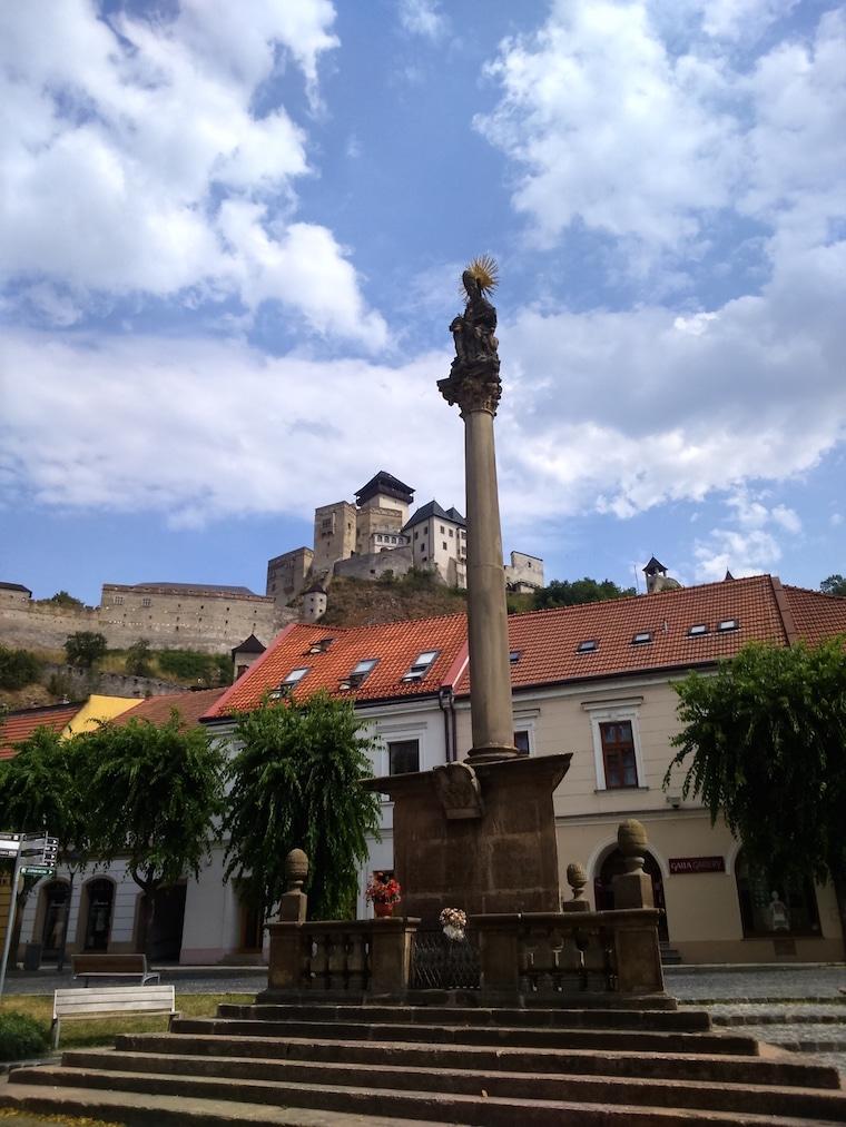 trencin bratislava eslovaquia outra praça