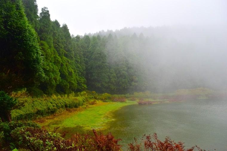 ilha de são miguel açores lagoa neblina