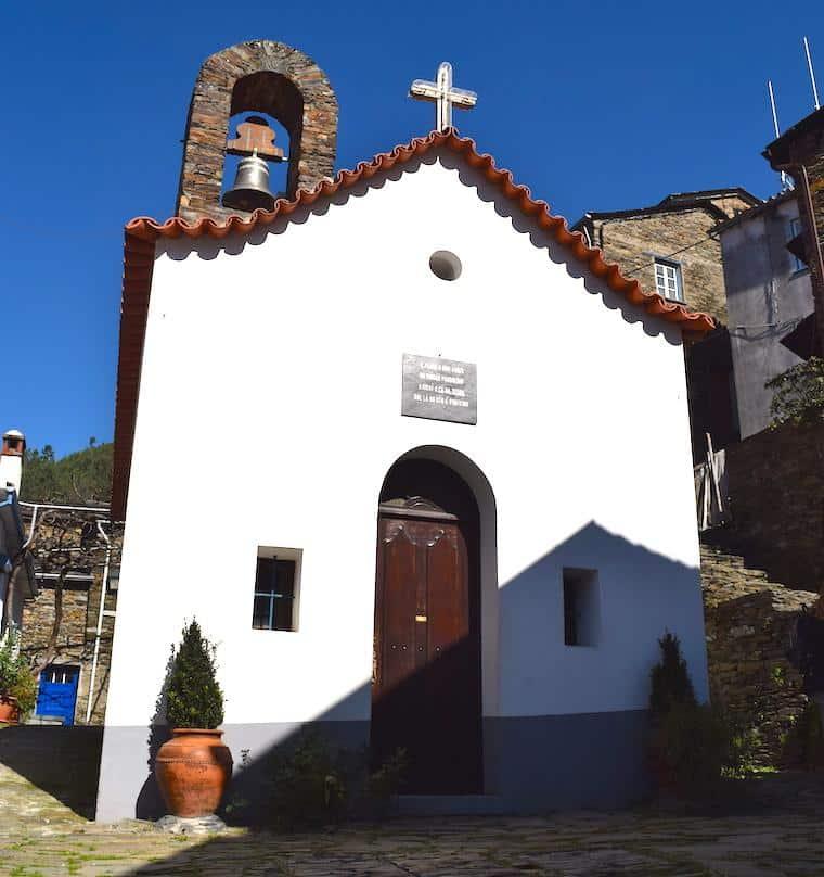 aldeia historica piodao portugal capela
