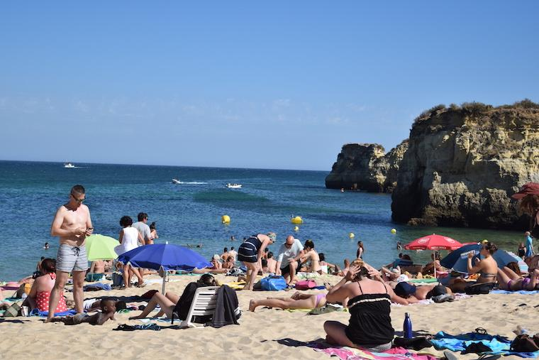praias do algarve lagos portugal batata 2