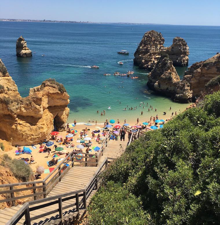 praias do algarve lagos portugal camilo