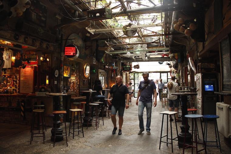 Pubs ruinas Budapeste