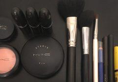 Maquiagem para viajar: como organizar na bagagem