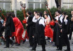 A Festa das Latas, ou Latada, em Coimbra