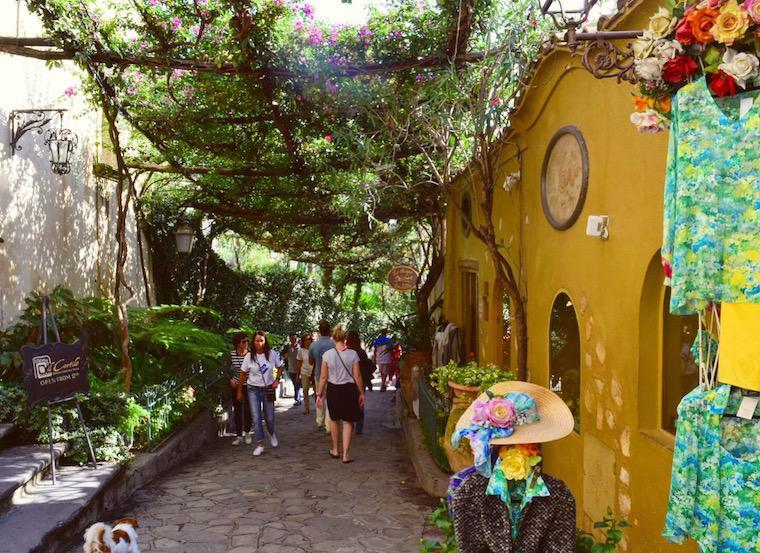 costa-amalfitana-roteiro-rua-de-positano