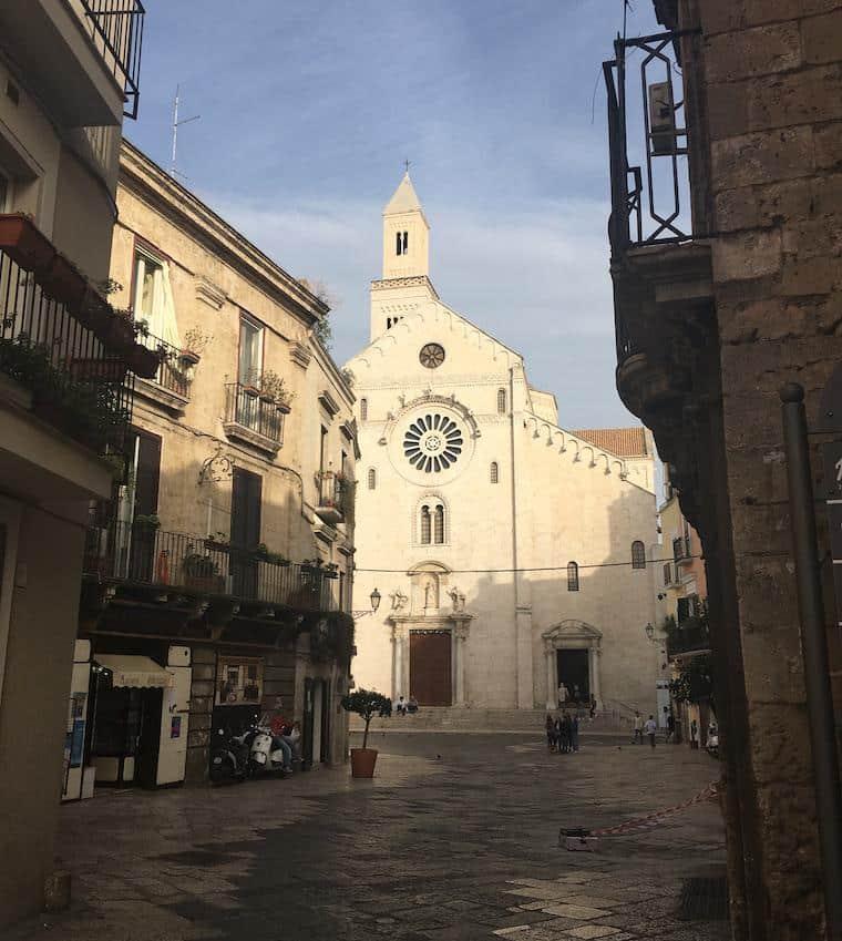 puglia e basilicata sul da italia bari igreja