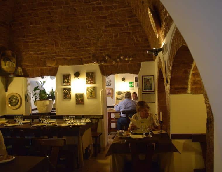 Alberobello casas Trulli restaurante trullo doro