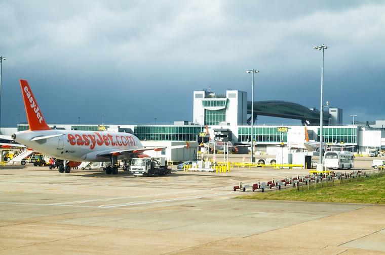 Companhia aérea low cost easy jet