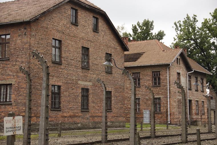 Visita ao campo de concentração nazista de Auschwitz - Cracóvia, Polônia
