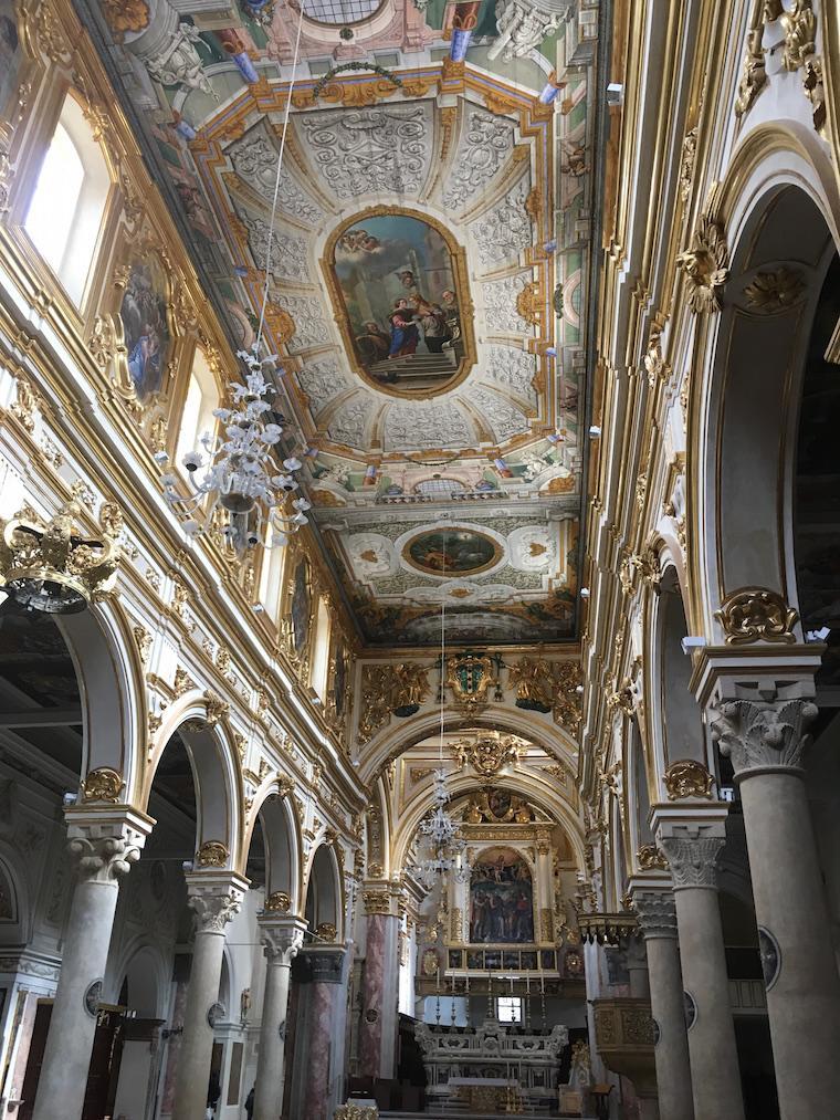 matera italia sassi dentro da catedral