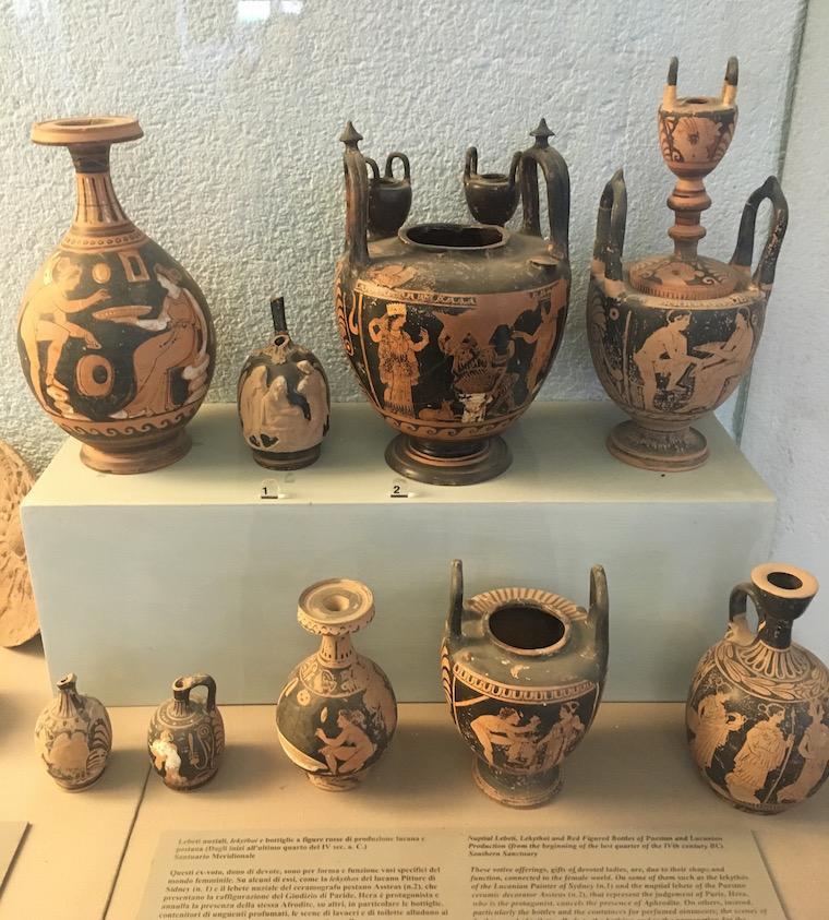 paestum italia museu arqueologico vasos