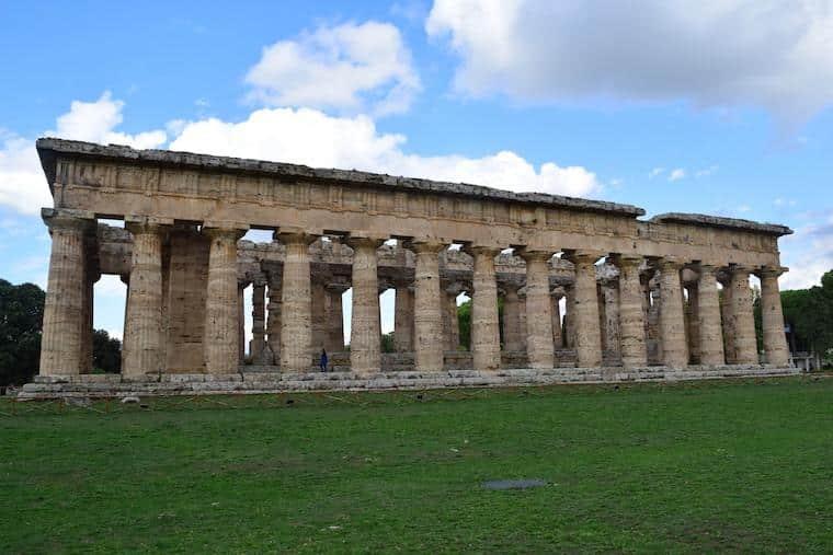 paestum italia templo apolo e hera
