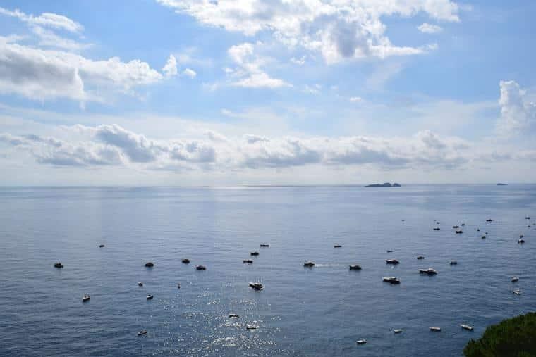 positano costa amalfitana itália barcos