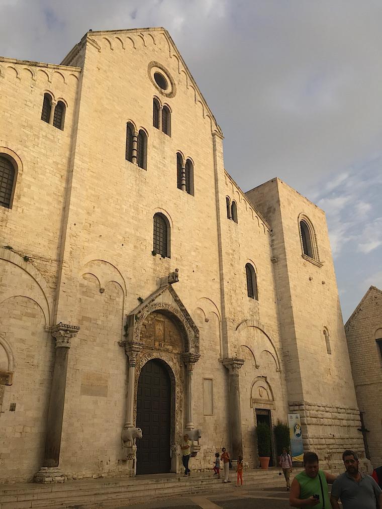 bari italia basilica sao nicolau
