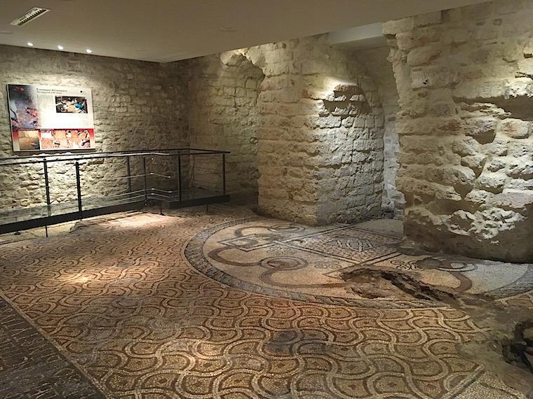 bari italia catedral mosaicos