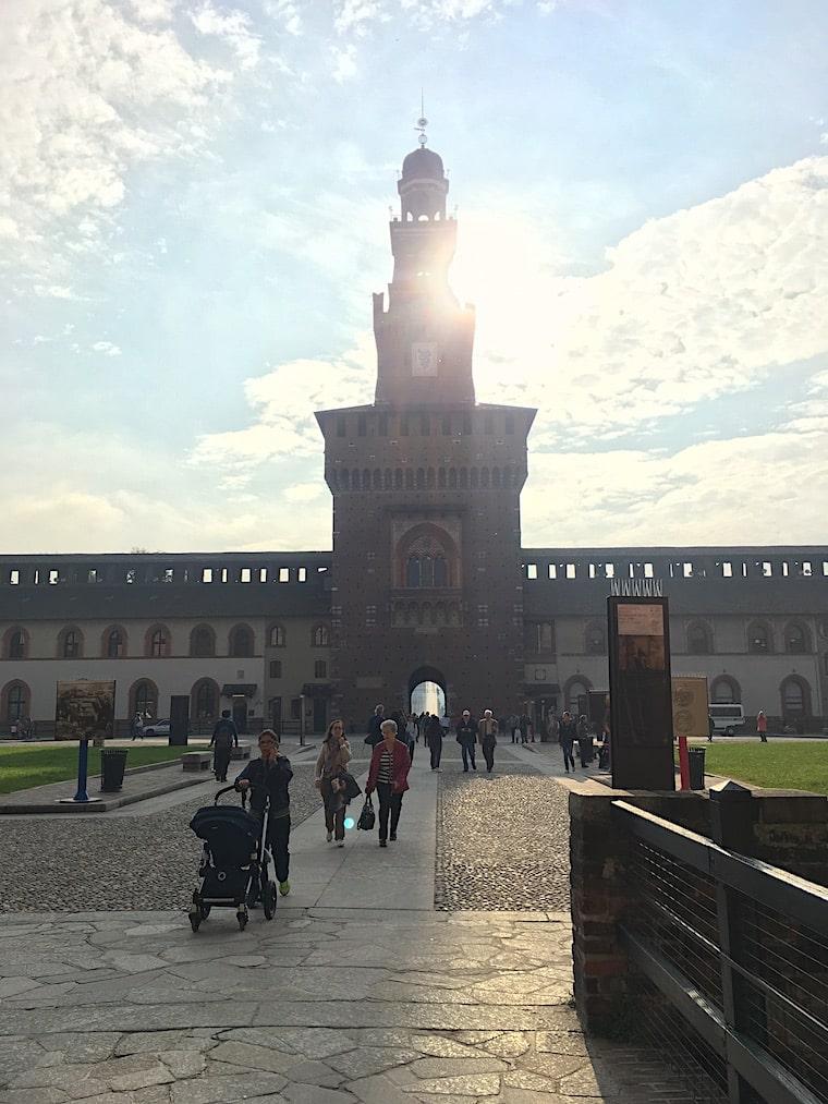 Castelo Sforzesco em Milão patio interno
