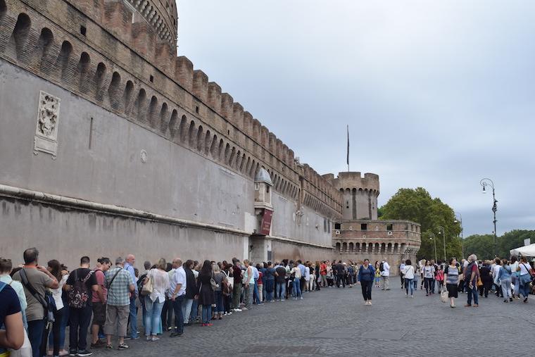 castelo de santo angelo roma fila