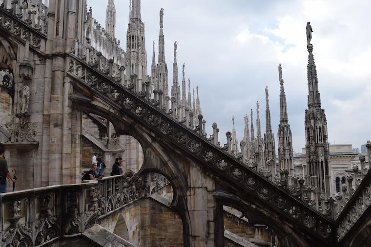 catedral de milao esculturas terraco