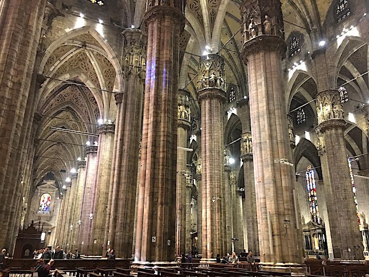 catedral de milao por dentro