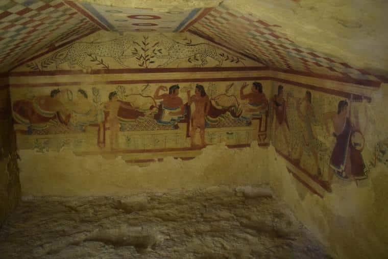 o que fazer em tarquinia italia necropoli etrusca tumba grande