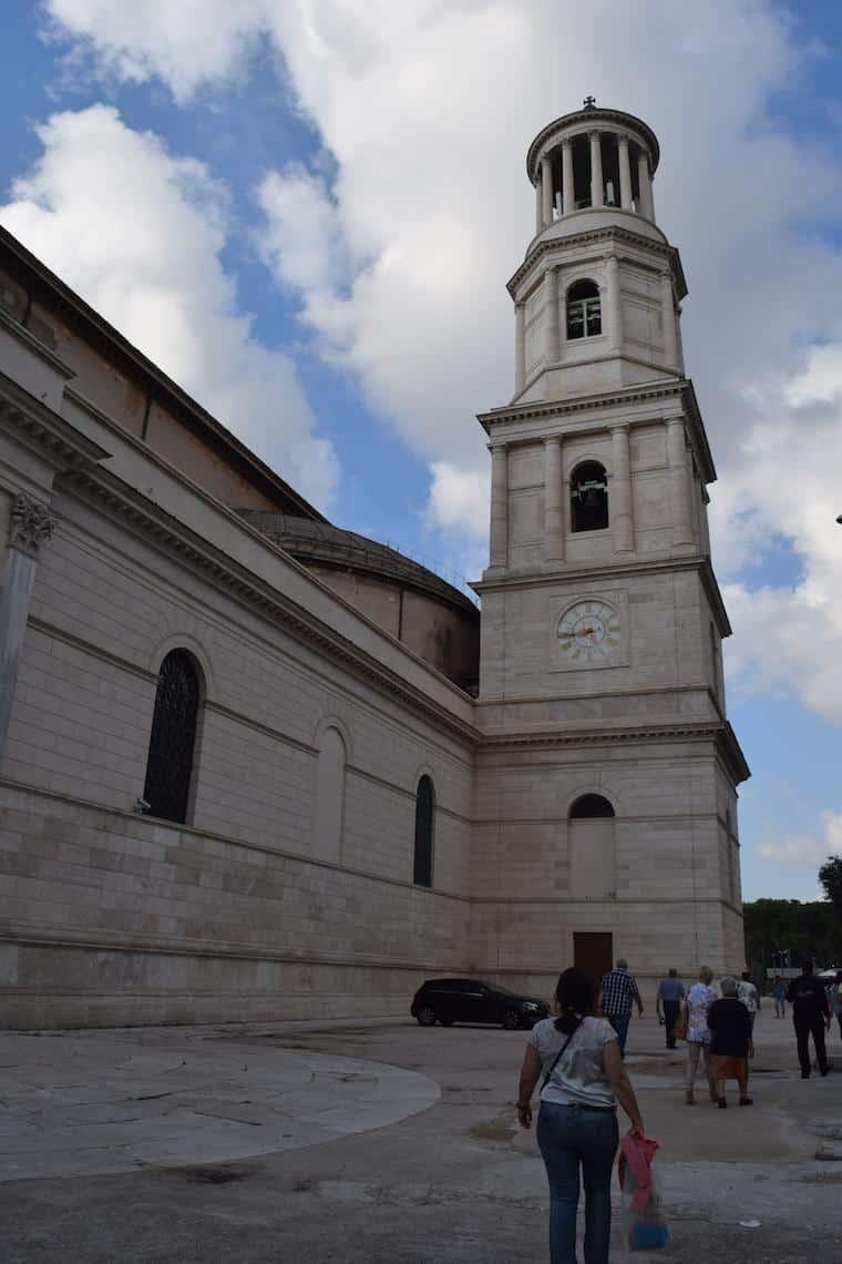 sao paulo fora dos muros roma torre lateral