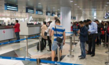 """Preconceito em aeroportos e o privilégio """"da fila errada"""""""