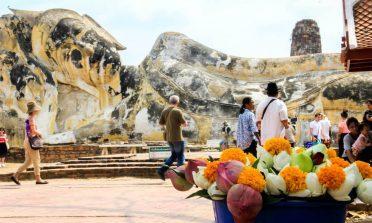 O problema com as estátuas, tatuagens de Buda e souvenirs na Tailândia