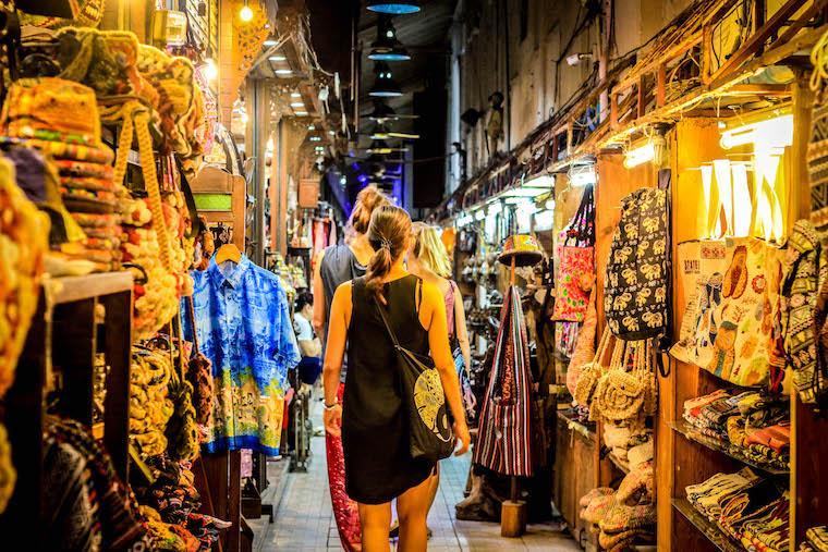 Mulher sozinha viajar Tailândia